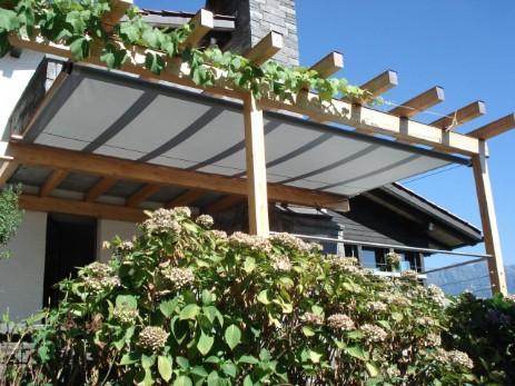 rollbares-Sonnensegel-Holz5